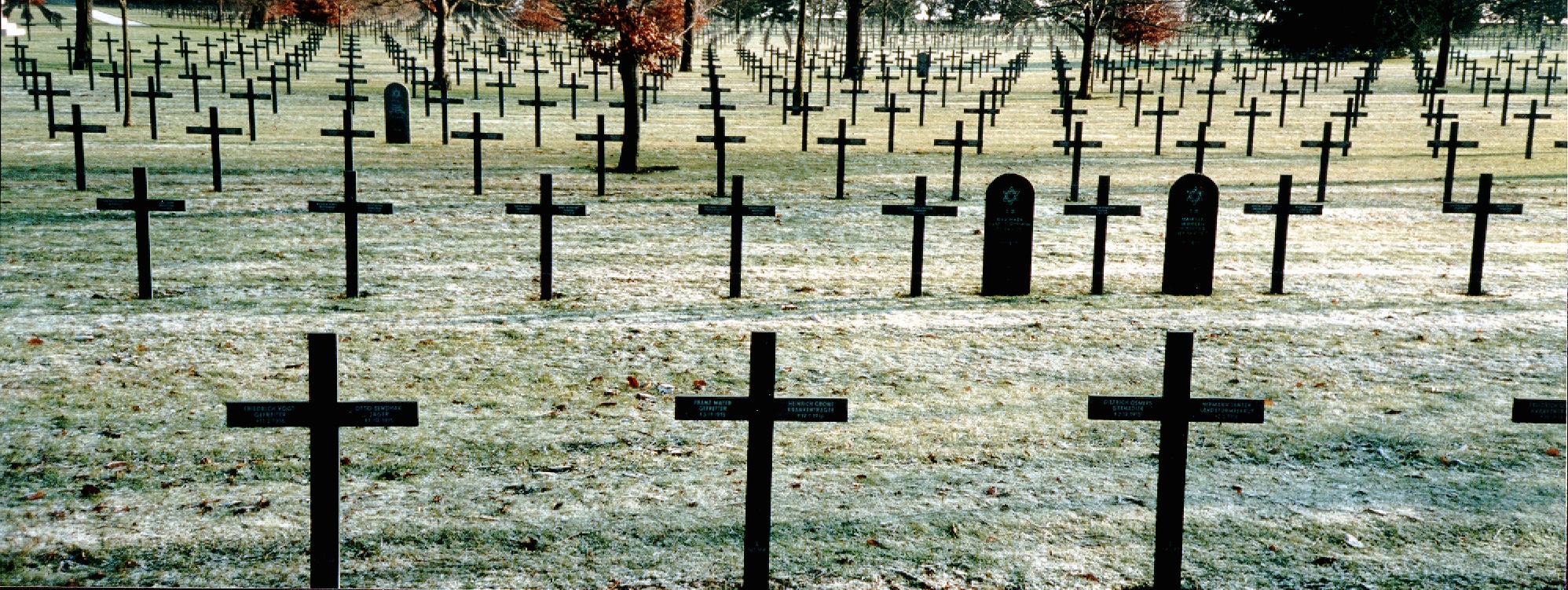 Blogues cimetieres militaires de normandie ma for Carriere de cintheaux